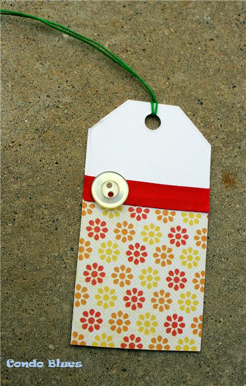 make-button-and-ribbon-gift-tag